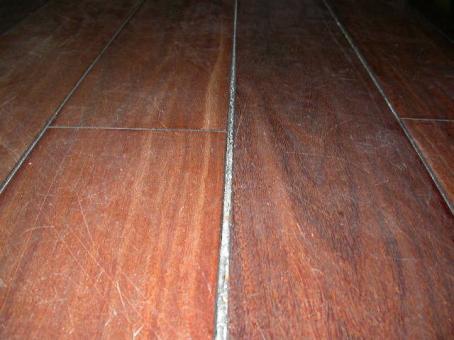 Holzfußboden Fugen Füllen ~ Alternative zum parkett so verlegst du deinen eigenen holzfußboden